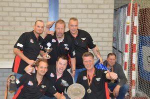 Kampioen tweede divisie:De Zware Jongens 1